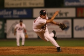 Joshua Papelbon winds and delivers in Lowell