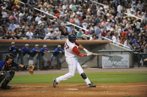 Michael Almanzar's double opened up a close game in the ninth in the Spinners 8-2 victory last night